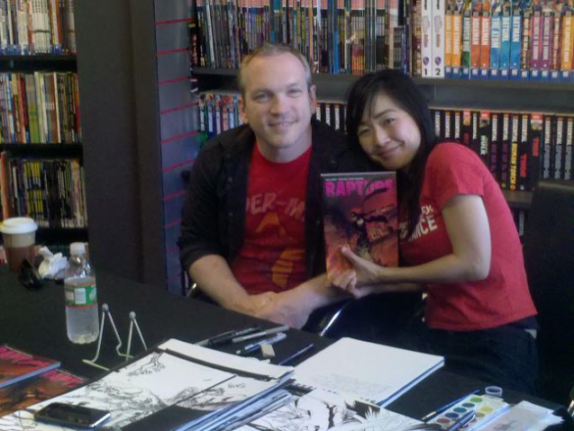 Michael Avon Oeming and Taki Soma sign Rapture, their graphic novel from Dark Horse!